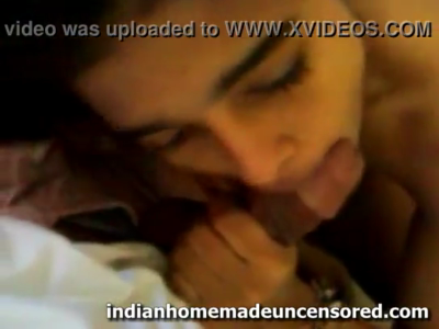 desi Beauty Indian Desi School Going Babe giving a superb blowjob
