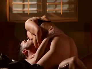 Kendall Karson Enjoys Sex In The Dark
