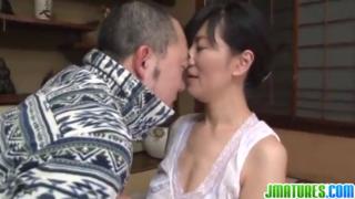 Ngentot dengan istri temanku yang gila sex
