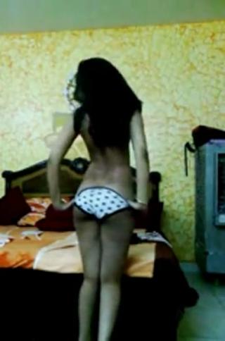 desi Indian Girl stripping on web cam