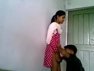 desi Bangladeshi school girl fucked in class room