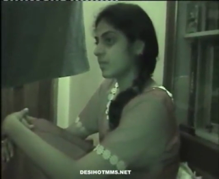 desi Kashmiri College girl Khusbu in guest house