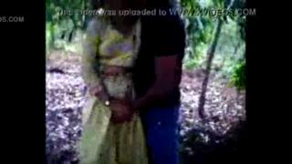 desi Engineer Student of Orissa fucking with classmate in Garden
