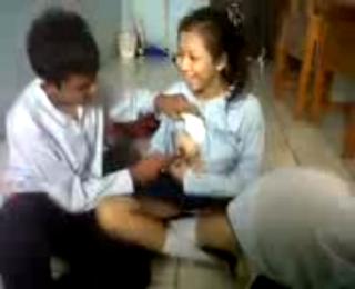 Download vidio bokep Video mesum bocah smp 4 jakarta pusat mp4 3gp gratis gak ribet